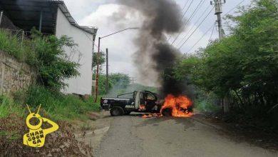 Photo of #Michoacán Normalistas Secuestran Y Queman Patrulla Para Cancelar Examen