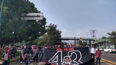 Photo of Normalistas Marchan En Morelia Por Los 43 Desaparecidos En Ayotzinapa, Se Dirigen Al Centro