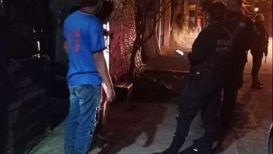 Photo of Policía Ayuda A Madre E Hija De Un Hombre Alcoholizado En Uruapan