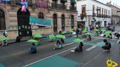 Photo of #Morelia Feministas Pintan Pavimento Frente Al Congreso A Favor Del Aborto Legal