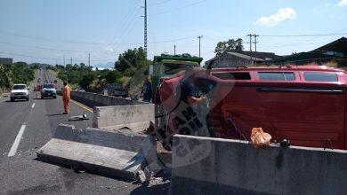 Photo of #Michoacán Choca Camión Vs Camioneta; Tres Personas Resultaron Heridas
