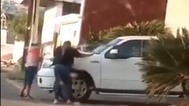 Photo of #WTF Mujer Descubre A Su Pareja Saliendo De Un Motel Y Persecución Se Hace Viral