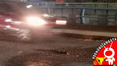 Photo of #Denúnciamesta Muchos autos que se ponchan sus llantas por bache en Morelia