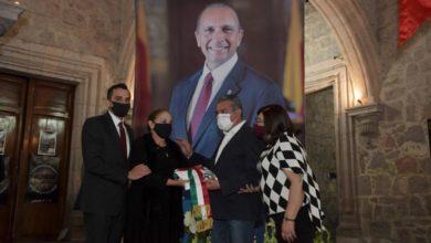 Photo of Familiares Y Amigos Despiden A Gabriel Prado, Secretario De Administración Fallecido