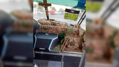 Photo of Pasa En México: Microbusero Instala Nacimiento En Su Unidad