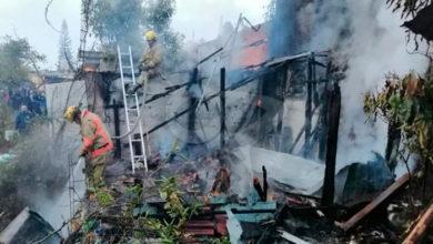 Photo of Muere Doñita Al Incendiarse Su Casa De Cartón Y Madera En Uruapan