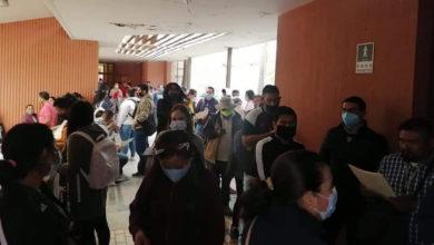 Photo of Tras Liberar Vías Del Tren, Normalistas Comienzan Trámites Para Obtener Sus Plazas