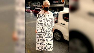 Photo of Viralizan A Abuelito Que Busca Trabajo Recorriendo Calles De CDMX