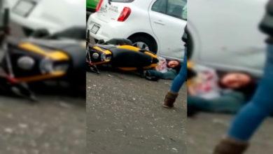 Photo of #Morelia Y Van Tres: Motocicleta Choca Contra Un Carro En Salida Charo
