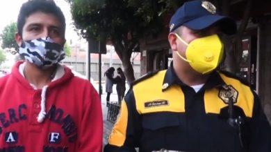 Photo of Pasa En México: Poli Encuentra Mochila Con 30 Mil Varos Y La Regresa A Su Dueño