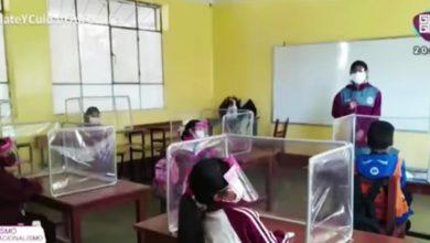 Photo of Profa Compra Butacas Anti-COVID Con Su Quincena Para Dar Clases A Sus Alumnos De Bajos Recursos