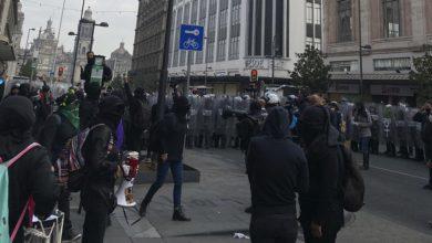 Photo of Feministas Se Manifiestan En Palacio Nacional Ante Posibilidad De Candidatura De Félix Salgado