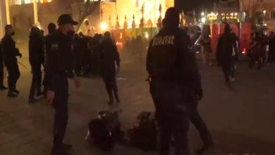 Photo of En México: Polis Apañaron A La Brava A Feministas Que Se Manifestaban
