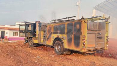 Photo of #Michoacán Incendio En Basurero Quema Camión Y Deja Bomberos 2 Intoxicados